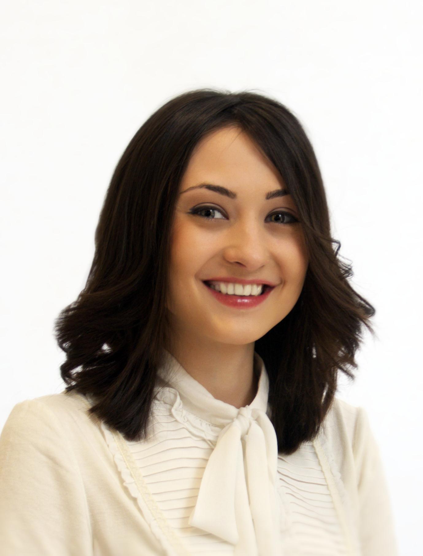 Corina Olteanu - Corina-Olteanu-PR-Manager
